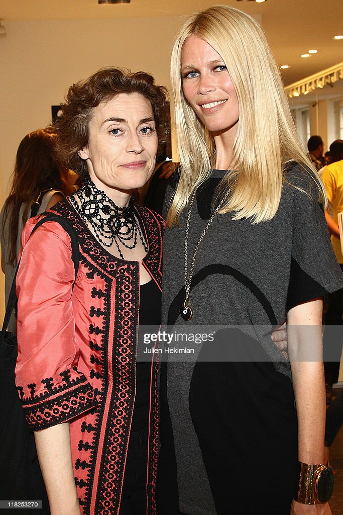 <a gi-track='captionPersonalityLinkClicked' href=/galleries/search?phrase=Claudia+Schiffer&family=editorial&specificpeople=202102 ng-click='$event.stopPropagation()'>Claudia Schiffer</a> and Natasha Fraser attend the cocktail for the launch of <a gi-track='captionPersonalityLinkClicked' href=/galleries/search?phrase=Claudia+Schiffer&family=editorial&specificpeople=202102 ng-click='$event.stopPropagation()'>Claudia Schiffer</a> cashmere collection at Colette on July 5, 2011 in Paris, France.