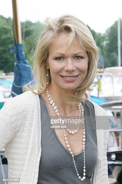 Claudine Wilde Schauspielerin D