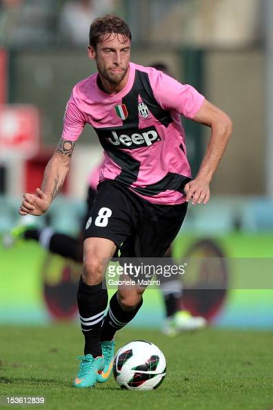 Claudio Marchisio of Juventus FC in action during the Serie A match between AC Siena and FC Juventus at Stadio Artemio Franchi on October 7 2012 in...
