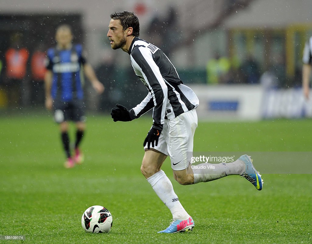 Claudio Marchisio of Juventus FC in action during the Serie A match between FC Internazionale Milano and Juventus FC at San Siro Stadium on March 30, 2013 in Milan, Italy.