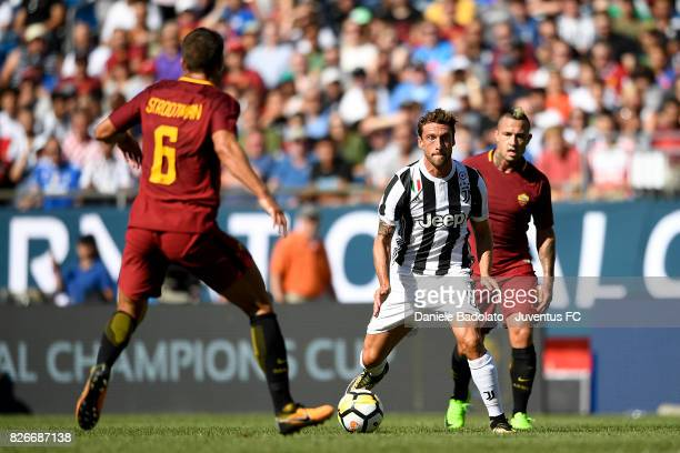 Claudio Marchisio of Juventus in action during the International Champions Cup 2017 match between AS Roma and Juventus at Gillette Stadium on July 30...
