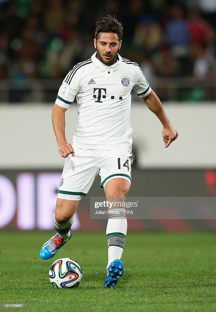 Claudio Pizarro of Bayern Muenchen in action during the FIFA Club World Cup Semi Final match between Guangzhou Evergrande FC and Bayern Muenchen at the Agadir Stadium on December 17, 2013 in Agadir, Morocco.
