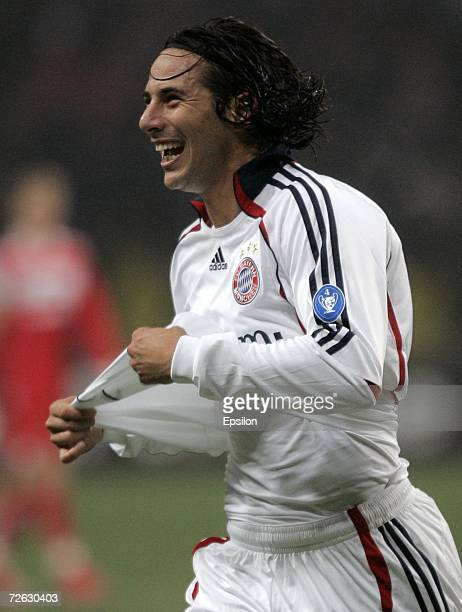 Claudio Pizarro of Bayern Munich celebrates after scoring the second Bayern goal during the UEFA Champions League group B match between Spartak...