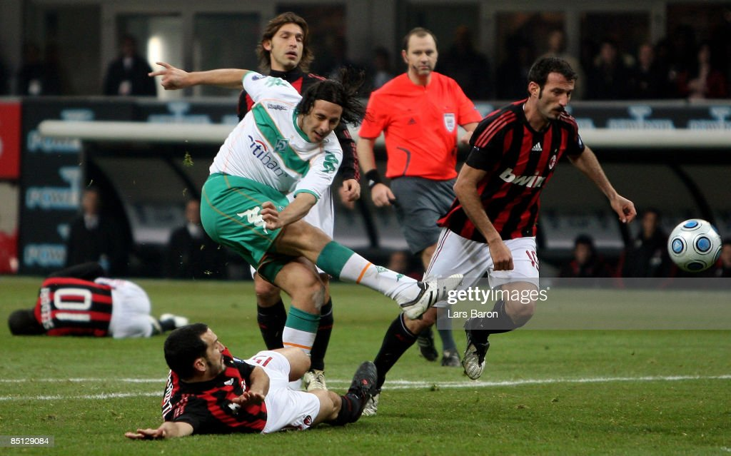 Claudio Pizarro of Bremen shoots on goal during the UEFA Cup Round of 32 second leg match between AC Milan and SV Werder Bremen at the Giuseppe de...