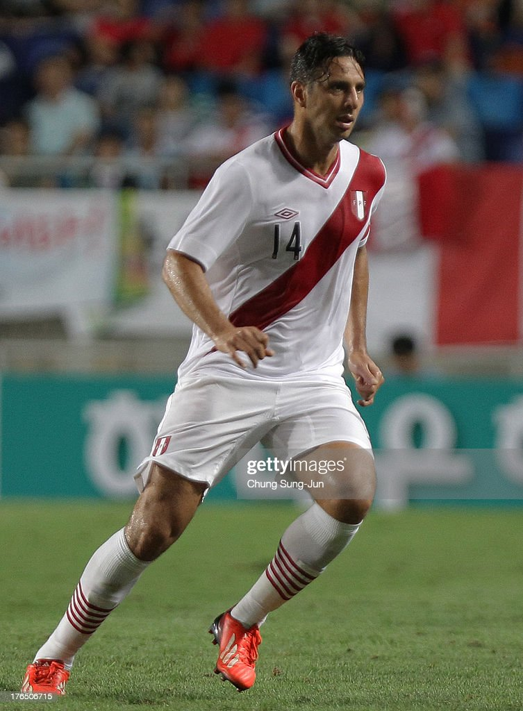 <a gi-track='captionPersonalityLinkClicked' href=/galleries/search?phrase=Claudio+Pizarro&family=editorial&specificpeople=217807 ng-click='$event.stopPropagation()'>Claudio Pizarro</a> of Peru in action during the international friendly match between South Korea and Peru at Suwon World Cup Stadium on August 14, 2013 in Suwon, South Korea.