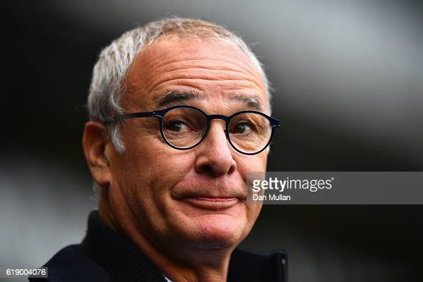 Claudio Ranieri Manager of Leicester City looks on during the Premier League match between Tottenham Hotspur and Leicester City at White Hart Lane on...
