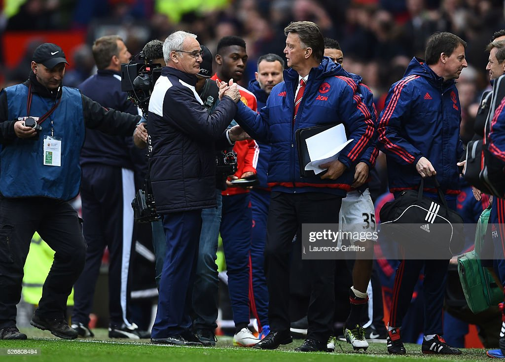 <a gi-track='captionPersonalityLinkClicked' href=/galleries/search?phrase=Claudio+Ranieri&family=editorial&specificpeople=204468 ng-click='$event.stopPropagation()'>Claudio Ranieri</a>, manager of Leicester City shakes hands with Louis van Gaal, manager of Manchester United after the Barclays Premier League match between Manchester United and Leicester City at Old Trafford on May 1, 2016 in Manchester, England.
