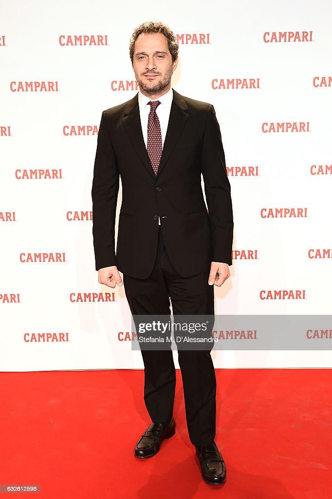 Claudio Santamaria walks the red carpet for 'Campari Red Diaries - Killer In Red' on January 24, 2017 in Rome, Italy.