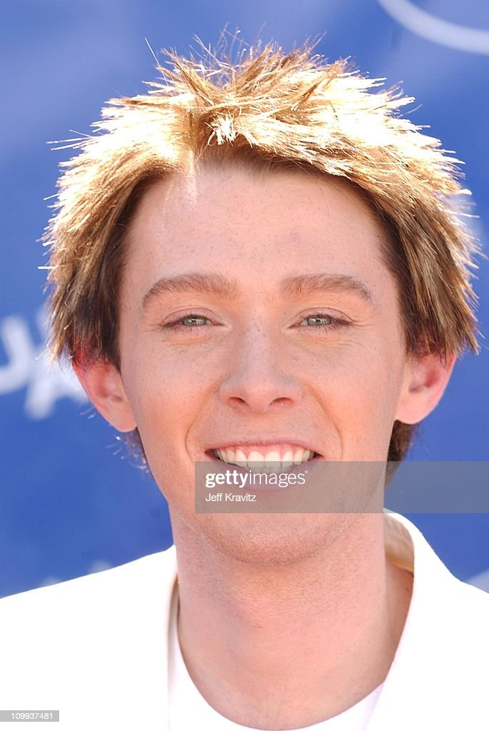 <a gi-track='captionPersonalityLinkClicked' href=/galleries/search?phrase=Clay+Aiken&family=editorial&specificpeople=204201 ng-click='$event.stopPropagation()'>Clay Aiken</a> during American Idol 2 Finals - Arrivals at Universal Amphitheatre in Universal City, CA, United States.