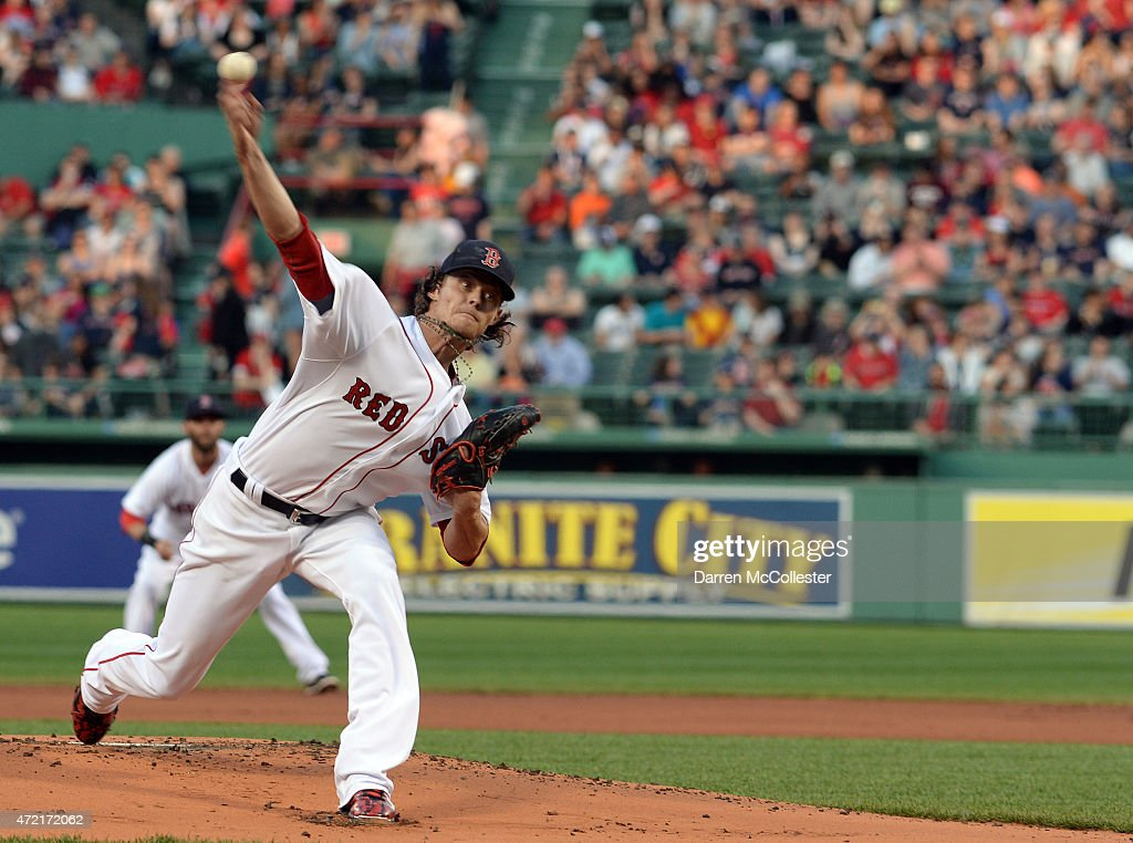 Clay Buchholz #11 of the Boston Red Sox throws a pitch in the first inning against the Tampa Bay Rays at Fenway Park on May 4, 2015 in Boston, Massachusetts.