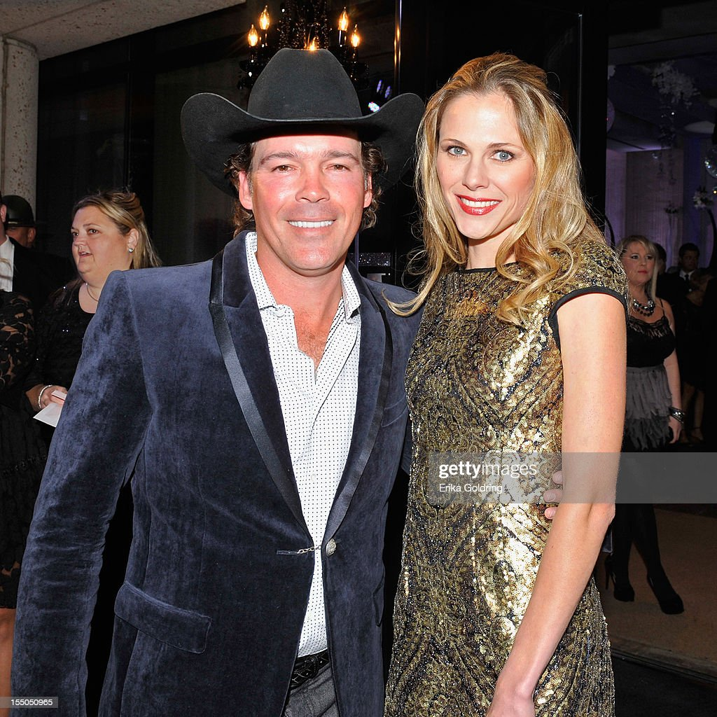 Clay Walker and Jessica Walker attend the 60th annual BMI Country awards at BMI on October 30, 2012 in Nashville, Tennessee.