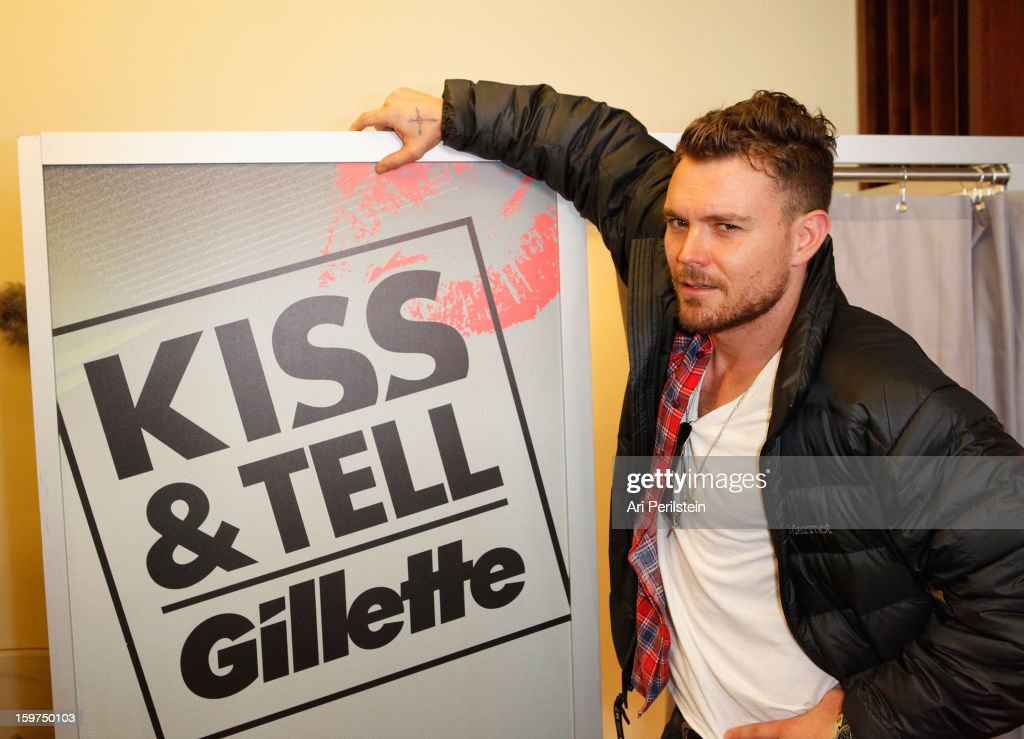 <a gi-track='captionPersonalityLinkClicked' href=/galleries/search?phrase=Clayne+Crawford&family=editorial&specificpeople=795306 ng-click='$event.stopPropagation()'>Clayne Crawford</a> attends Gillette Ask Couples at Sundance to 'Kiss & Tell' if They Prefer Stubble or Smooth Shaven - Day 2 on January 19, 2013 in Park City, Utah.