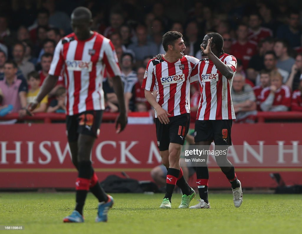 <a gi-track='captionPersonalityLinkClicked' href=/galleries/search?phrase=Clayton+Donaldson&family=editorial&specificpeople=4141597 ng-click='$event.stopPropagation()'>Clayton Donaldson</a> of Brentford celebrates scoring a goal during the npower League One Play Off Semi Final, Second Leg match between Brentford and Swindon Town at Griffin Park on May 6, 2013 in Brentford, England.