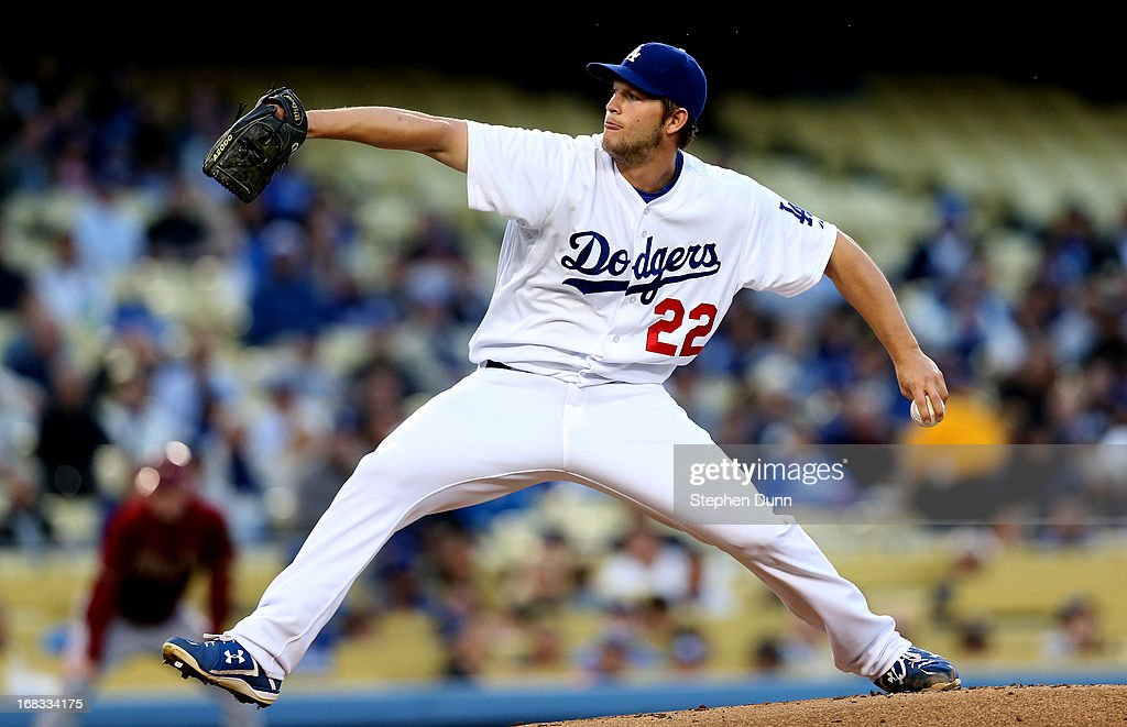 Clayton Kershaw #22 of the Los Angeles Dodgers throws a pitch against the Arizona Diamondbacks at Dodger Stadium on May 8, 2013 in Los Angeles, California.