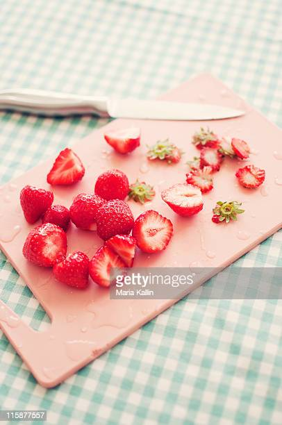 Cleaning and preparing strawberries