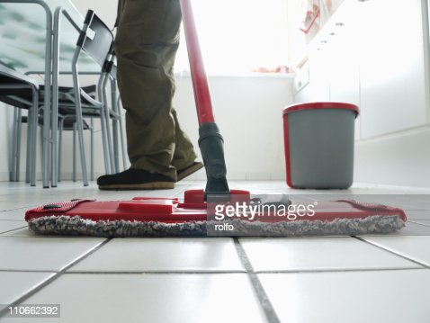 Cleaning kitchen : Stock Photo