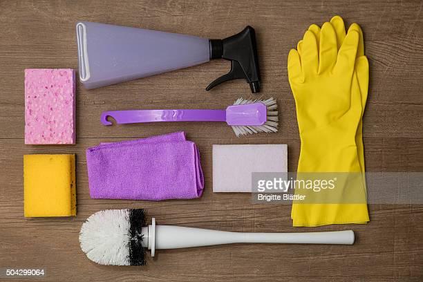 Cleaning utensil