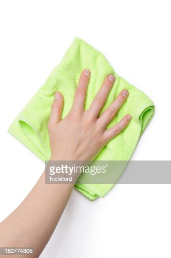 Cleaning with green cloth