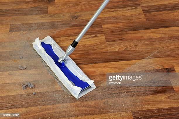 Nettoyage avec mop