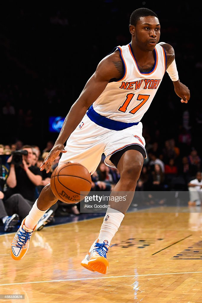 <a gi-track='captionPersonalityLinkClicked' href=/galleries/search?phrase=Cleanthony+Early&family=editorial&specificpeople=10064686 ng-click='$event.stopPropagation()'>Cleanthony Early</a> #17 of the New York Knicks drives to the basket during a game against the Chicago Bulls at Madison Square Garden on October 29, 2014 in New York City.