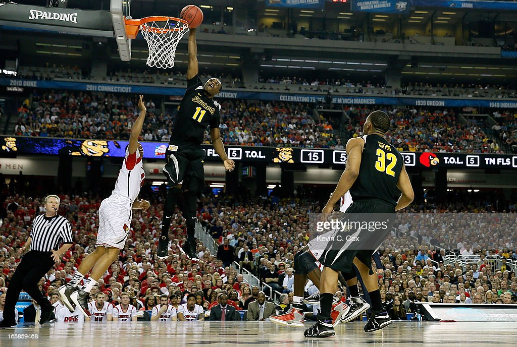 <a gi-track='captionPersonalityLinkClicked' href=/galleries/search?phrase=Cleanthony+Early&family=editorial&specificpeople=10064686 ng-click='$event.stopPropagation()'>Cleanthony Early</a> #11 of the Wichita State Shockers dunks in the first half against the Louisville Cardinals during the 2013 NCAA Men's Final Four Semifinal at the Georgia Dome on April 6, 2013 in Atlanta, Georgia.