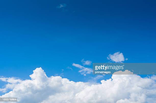 Claro céu azul