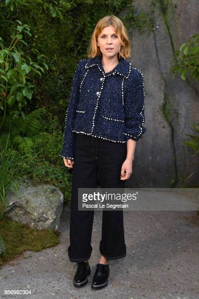 Clemence Poesy attends the Chanel show as part of the Paris Fashion Week Womenswear Spring/Summer 2018 on October 3 2017 in Paris France