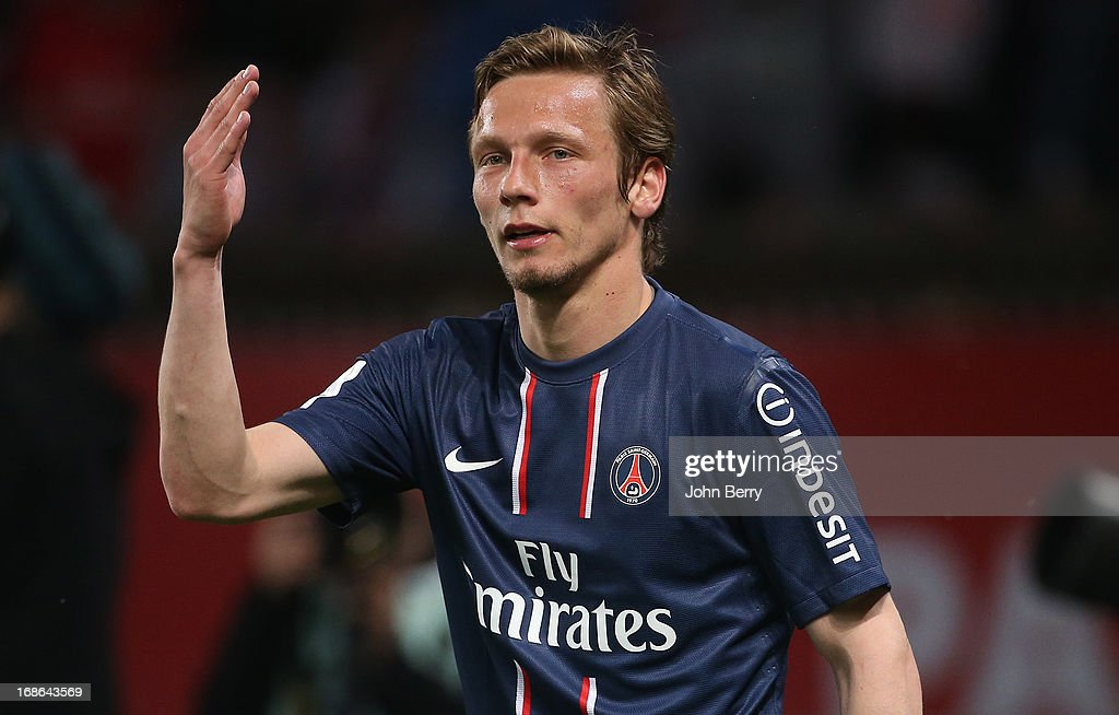 Paris Saint-Germain FC v Valenciennes FC - Ligue 1