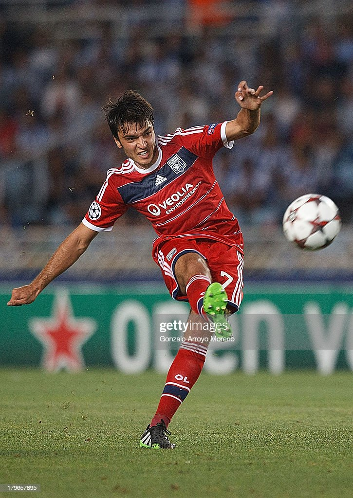 <a gi-track='captionPersonalityLinkClicked' href=/galleries/search?phrase=Clement+Grenier&family=editorial&specificpeople=5774493 ng-click='$event.stopPropagation()'>Clement Grenier</a> of Olympique Lyonnais shoots the ball during the UEFA Champions League Play-offs second leg match between Real Sociedad and Olympique Lyonnais at Estadio Anoeta on August 28, 2013 in San Sebastian, Spain.