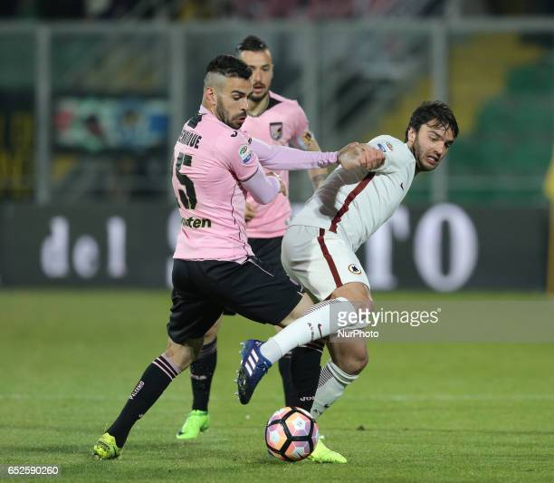 Clement Grenier of Roma competes for the ball during the Serie A match between US Citta di Palermo and AS Roma at Stadio Renzo Barbera on March 12...