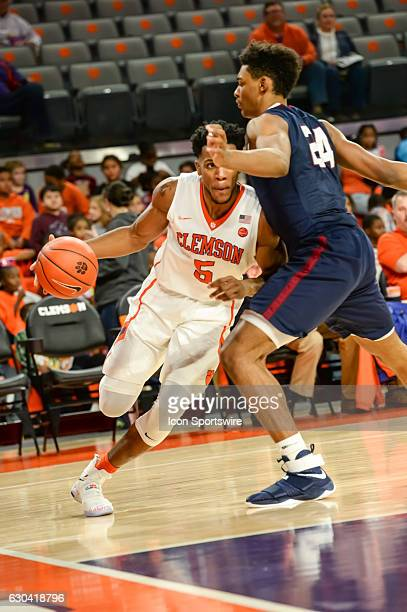 Clemson forward Jaron Blossomgame drives to the basket during 2nd half action between the Clemson Tigers and the South Carolina State Bulldogs on...