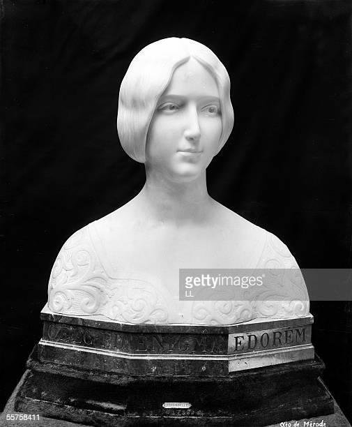 Cleo de Merode by E Arrondelle French sculptor of the XIXth century Paris Museum of the Louvre LL15635