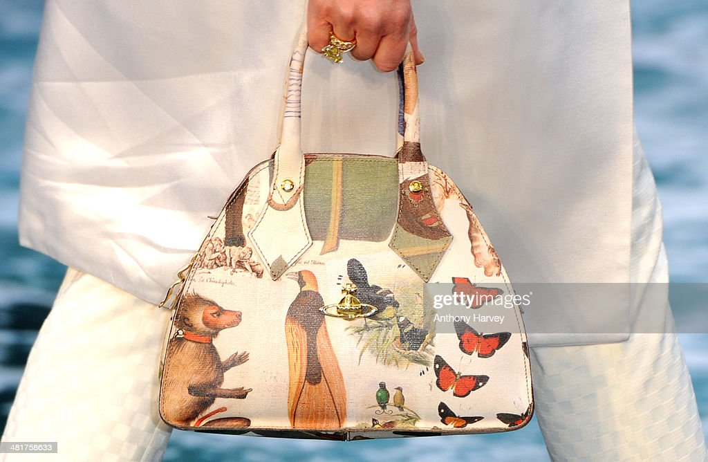 <a gi-track='captionPersonalityLinkClicked' href=/galleries/search?phrase=Cleo+Rocos&family=editorial&specificpeople=827415 ng-click='$event.stopPropagation()'>Cleo Rocos</a> (Bag Detail) attends the UK premiere of 'Noah' at Odeon Leicester Square on March 31, 2014 in London, England.