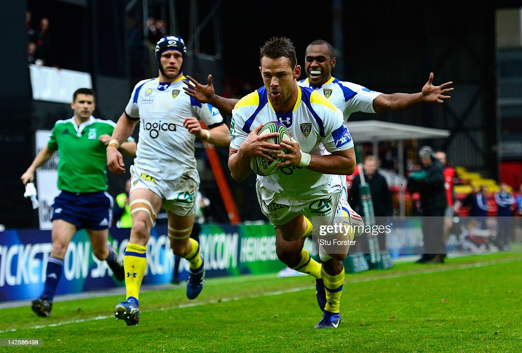 Clermont fullback <a gi-track='captionPersonalityLinkClicked' href=/galleries/search?phrase=Lee+Byrne&family=editorial&specificpeople=460147 ng-click='$event.stopPropagation()'>Lee Byrne</a> dives over to score during the Heineken Cup Quarter Final between Saracens and ASM Clermont Auvergne at Vicarage Road on April 8, 2012 in Watford, England.