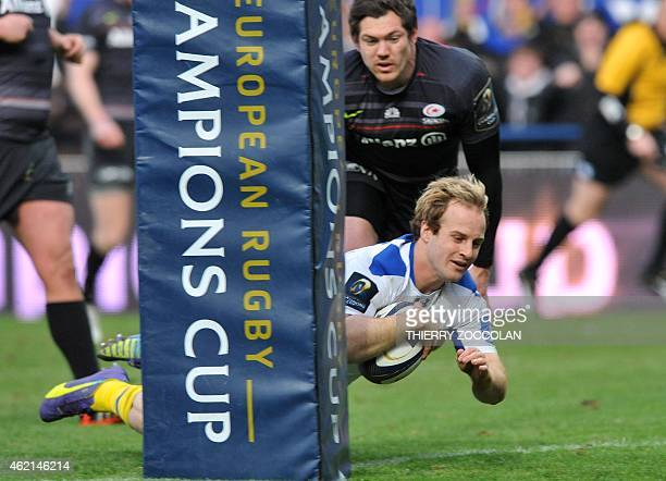 Clermont's Dutch fullback Nick Abendanon scores a try during the European Champions Cup rugby union match Clermont vs Saracens on January 25 2015 at...