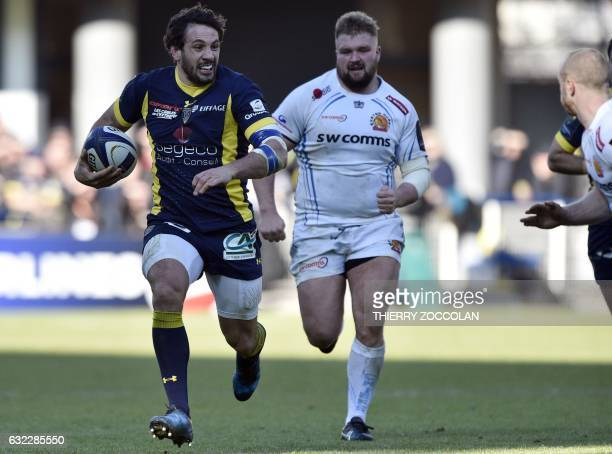 Clermont's French centre Remi Lamerat runs with the ball for a try during the European Champions Cup rugby union match between ASM Clermont and...