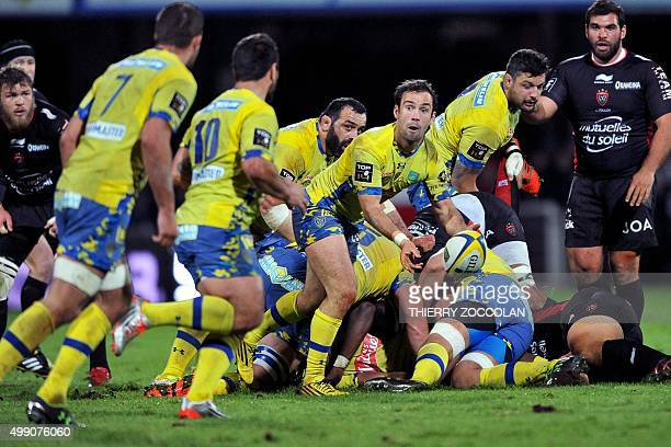 Clermont's French flyhalf Morgan Parra passes the ball during the French Top 14 rugby union match between ASM Clermont and RC Toulon at the Michelin...