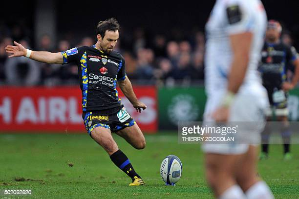 Clermont's French scrumhalf Morgan Parra kicks a penalty during the European Rugby Champions Cup rugby union match between Clermont and Exeter at the...