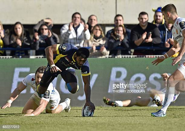 Clermont's French winger Noa Nakaitaci scores a try during the European Champions Cup rugby union match between ASM Clermont and Exeter Chiefs at the...