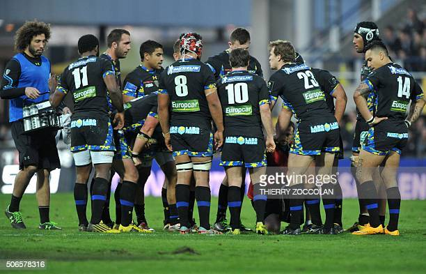 Clermont's players react during the European Champions Cup rugby union match Clermont vs BeglesBordeaux at the Michelin stadium in ClermontFerrand...