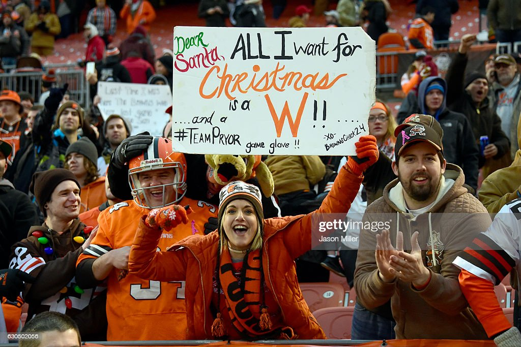 Cleveland Browns fans celebrates after defeating the San Diego Chargers 20-17 at FirstEnergy Stadium on December 24, 2016 in Cleveland, Ohio.