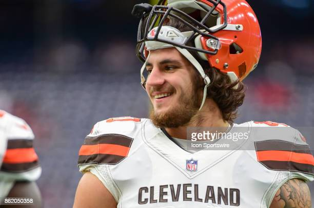 Cleveland Browns fullback Dan Vitale warms up before the football game between the Cleveland Browns and the Houston Texans on October 15 2017 at NRG...