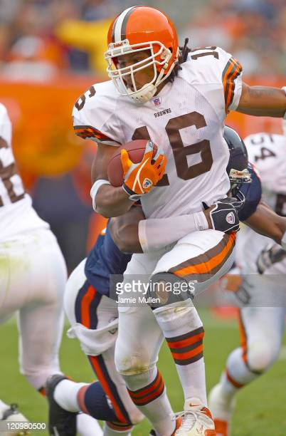 Cleveland Browns Kick Returner Josh Cribbs during the game against the Chicago Bears Sunday October 9 2005 at Cleveland Browns Stadium in Cleveland...