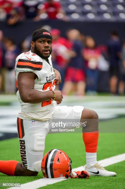 Cleveland Browns running back Matthew Dayes warms up before the football game between the Cleveland Browns and the Houston Texans on October 15 2017...