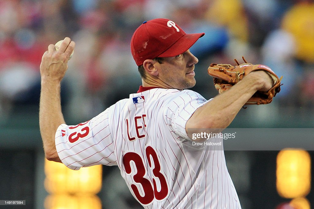 <a gi-track='captionPersonalityLinkClicked' href=/galleries/search?phrase=Cliff+Lee&family=editorial&specificpeople=218092 ng-click='$event.stopPropagation()'>Cliff Lee</a> #33 of the Philadelphia Phillies delivers a pitch during the game against the Milwaukee Brewers at Citizens Bank Park on July 24, 2012 in Philadelphia, Pennsylvania.