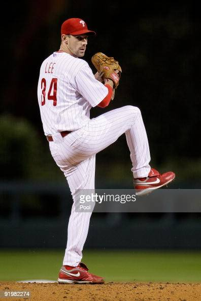 Cliff Lee of the Philadelphia Phillies pitches against the Los Angeles Dodgers during Game Three of the NLCS during the 2009 MLB Playoffs at Citizens...