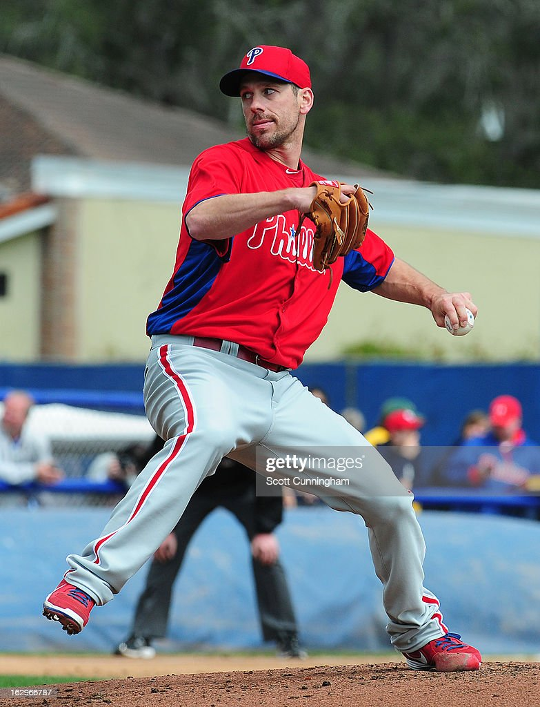 <a gi-track='captionPersonalityLinkClicked' href=/galleries/search?phrase=Cliff+Lee&family=editorial&specificpeople=218092 ng-click='$event.stopPropagation()'>Cliff Lee</a> #33 of the Philadelphia Phillies pitches during a spring training game against the Toronto Blue Jays at Florida Auto Exchange Stadium on March 2, 2013 in Dunedin, Florida.