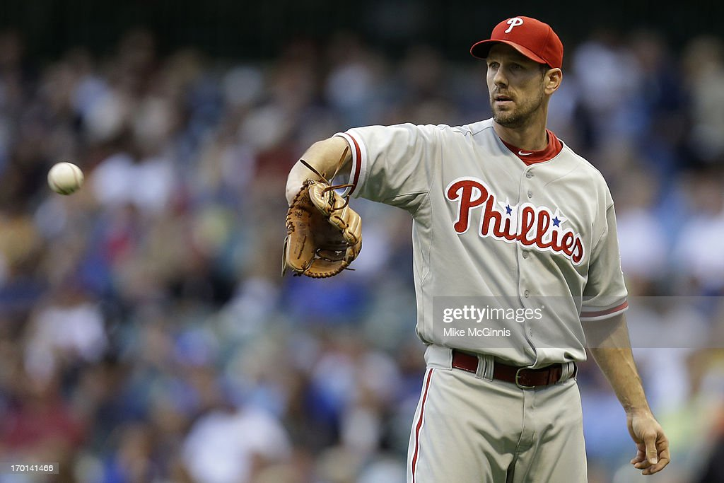 <a gi-track='captionPersonalityLinkClicked' href=/galleries/search?phrase=Cliff+Lee&family=editorial&specificpeople=218092 ng-click='$event.stopPropagation()'>Cliff Lee</a> #33 of the Philadelphia Phillies pitches in the bottom of the second inning against the Milwaukee Brewers at Miller Park on June 07, 2013 in Milwaukee, Wisconsin.