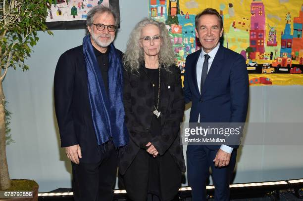 Clifford Ross Kiki Smith and Jeff Koons attend the Studio in a School 40th Anniversary Gala at Seagram Building Plaza on May 3 2017 in New York City