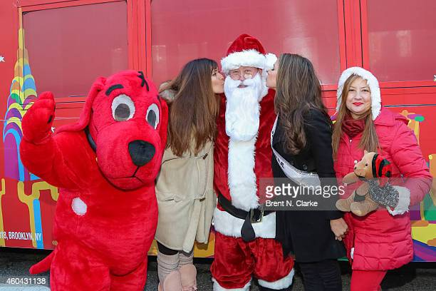clifford the big red dog supermodel carol alt santa claus miss usa 2014 nia sanchez and - Clifford The Big Red Dog Halloween Costume